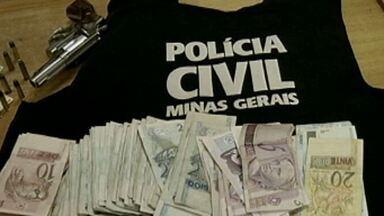 Polícia realiza operação contra tráfico de drogas e homicídios em Bocaiúva - Oito pessoas já foram presas.