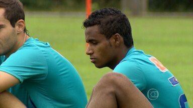 Elber vem sendo um dos destaques do Cruzeiro no Campeonato Mineiro - Cruzeiro enfrenta o Villa Nova neste sábado.