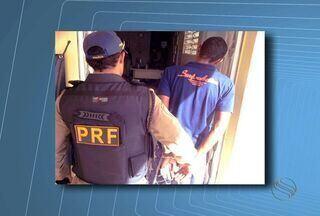 Motociclista é preso após subornar policiais em Propriá, SE - Suspeito ofereceu dinheiro após ser pego no teste do bafômetro.