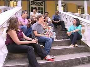 Jovens voluntários que organizam a JMJ dizem o que buscam na religião - O Globo Repórter bateu um papo sobre religião, sexo, pedofilia e homossexualidade com jovens do Brasil e de outros países que organizam a Jornada Mundial da Juventude.