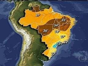Chuvas fortes estão previstas para o Sul e parte do Sudeste - Há uma semana, um incêndio destrói um dos parques ecológicos mais importantes do Brasil, o de Taim, no RS. Há chance de chuva por lá. Os temporais devem atingir grande parte do Sul, São Paulo e Belo Horizonte.