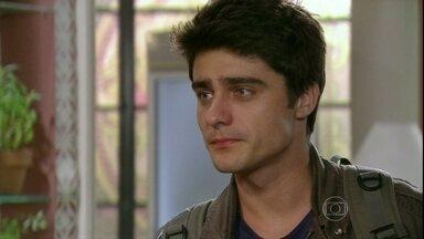 Malhação - capítulo de terça-feira, dia 02/04/2013, na íntegra - Vitor termina o namoro com Lia