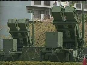 Ameaças da Coreia do Norte deixam militares dos EUA e sul-coreanos em alerta - Militares dos EUA e da Coreia do Sul entraram em estado de alerta máximo à espera do lançamento de mísseis norte-coreanos de alcance médio, que foram instalados sobre plataformas móveis.