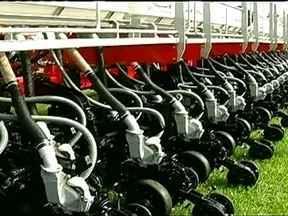 Começa mais uma edição da Tecnoshow, em Goiás - O município de Rio Verde, em Goiás, sedia mais uma edição da Tecnoshow, uma exposição de tecnologia voltada para o agronegócio. Muitos produtores rurais estão dispostos a fechar negócio.