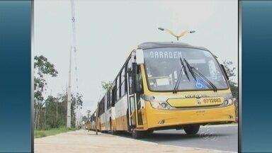 Prefeitura realiza entrega de 34 novos ônibus em Manaus - Novos coletivos vão atender as linhas 671, 604, 014, 015 e 002.Artur Neto afirma que objetivo é renovar sistematicamente a frota da cidade.