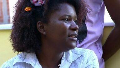 Janaína já foi vendedora, manicure e dona de loja - Ela conta de que ajuda precisa para seguir como promoter