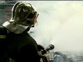 Corpo de Bombeiros de Joinville conta com trabalho de voluntários - Ser bombeiro voluntário é uma tradição de mais de um século na maior cidade de Santa Catarina. De cada três bombeiros civis de Joinville, dois são voluntários. Eles recebem treinamento, uniforme e alimentação.