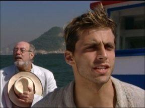 Revirando o Baú: Reveja o papel de Henri Castelli em Um Anjo Caiu do Céu - Ator foi um piloto de avião na trama, assim como em Flor do Caribe