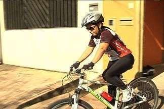 Programa Agita Goiás estimula pessoas a saírem do sedentarismo, em Goiânia - Você pratica alguma atividade física? Então anote aí. O Agita Goiás vai acontecer nos dias 21 e 28 de abril, no Lago das Rosas e no Parque Flamboyant, em comemoração ao Dia Mundial da Saú