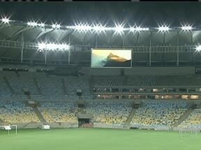 Maracanã faz teste geral para a reinauguração - Neste sábado (20), foi realizado o primeiro teste de iluminação de áudio e vídeo do Maracanã, que será reinaugurado no dia 27 com um amistoso entre Brasil e Inglaterra. Os torcedores poderão acompanhar os jogos através de telões do estádio.