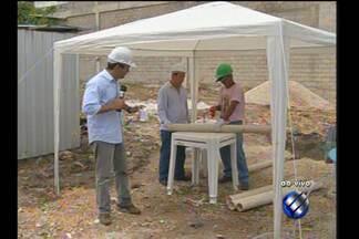 Quadro de empregos traz informações sobre a profissão de pedreiro - O repórter Guilherme Mendes traz as informações.