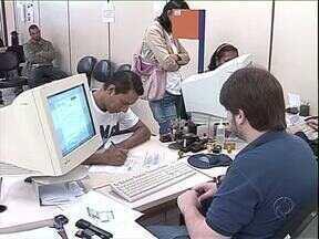 Renovação da carteira de motorista agora pode ser feita pela internet - A habilitação pode ser renovada no site do detran: www.detran.pr.gov.br