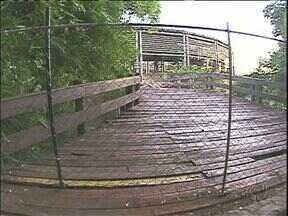 Ninguém mais entra sem autorização no Espaço das Américas em Foz do Iguaçu - A prefeitura da cidade colocou uma cerca no local para evitar vandalismo e acidentes