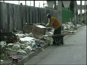 Capitais brasileiras sofrem com a sujeira e o lixo jogado nas ruas - Programa fiscaliza como anda o comportamento ambiental dos moradores