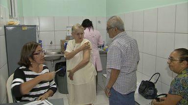 Campanha de vacinação é prorrogada por mais duas semanas - De cada dez pessoas do grupo que precisa tomar a vacina, sete não compareceram.