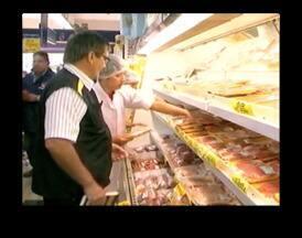MP, vigilância sanitária e Procon dão início a fiscalização em mercados de Uruguaiana - Objetivo é garantir qualidade de produtos alimentícios vendidos.