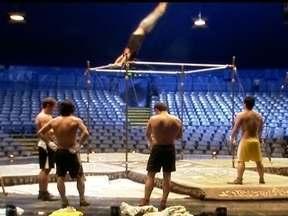 Veja no JH: os bastidores do maior espetáculo do Cirque du Soleil - Tecnologias ajudam a polícia a prender os quatro suspeitos de matar dentista. O ex-policial civil Bola é condenado a mais de 20 anos de prisão pelo assassinato de Eliza Samúdio. Estudo mostra o crescimento no número de empreendedores brasileiros.