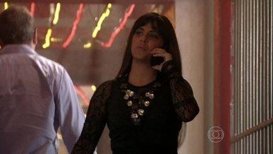 Jô avisa a Almir que Russo está planejando uma emboscada - Waleska teme pela vida de Morena e quase fala demais com outra traficada