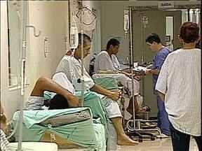 Hospital Universitário de Londrina vive dias de caos - Não há mais espaço para atender ninguém.
