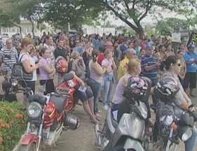 Servidores municipais de Ji-Paraná entram em greve por melhores salários - Pelo menos 360, de dois mil funcionários públicos aderiram a paralisação.