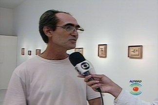 Veja algumas obras de Anfus Pombo que estão expostas no museu da UEPB - Obras do artista plástico estão expostas no museu Assis Chateaubriand da Universidade Estadual da Paraíba, em Campina Grande.