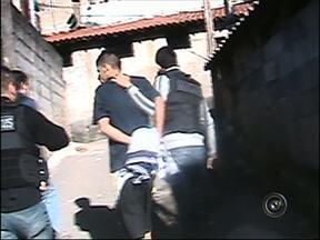 Operação da Polícia Civil prende mais de 100 pessoas em Jundiaí, SP - Uma operação da Polícia Civil resultou na prisão de mais de 100 pessoas em Jundiaí. A ação, que recebeu o nome de 'PC 27', foi realizada em todo o país.