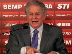 'Show do Juju': presidente do São Paulo bota lenha em entrevista exclusiva - Juvenal Juvêncio anuncia dispensa de sete jogadores.