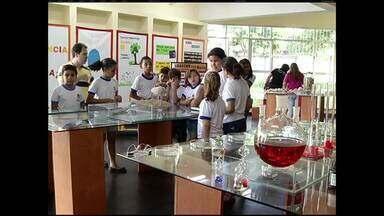 Escola de Barra Mansa, no RJ, ganha museu de ciências - Atração pode ser conferida por estudantes e pela comunidade.
