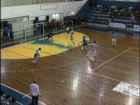 Coritiba vence o São José por 4 a 0 na Série Prata do Paranaense de Futsal - Com a vitória de 4 a 0 sobre o São José, fora de casa, o Coritiba manteve a liderança da Série Prata do Paranaense de Futsal