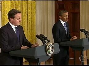 Barack Obama recebe o primeiro-ministro David Cameron na Casa Branca - Os dois líderes decidiram reforçar a pressão para que o presidente sírio Bashar Al-Assad deixe o poder. Obama e Cameron também vão aumentar a ajuda aos opositores do regime.