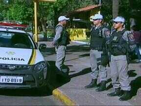 Polícia reforça efetivo no Centro de Uruguaiana perto do dia das mães - Objetivo é garantir a tranquilidade de consumidores.