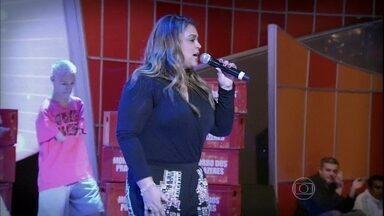 Preta Gil anima a plateia ao som de 'Relax' - Cantora não deixa ninguém parado ao som do seu novo hit