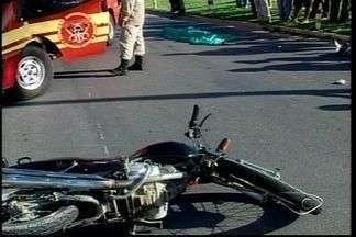 Idoso é atropelado e morre na BR-101 em Aracruz, no Norte do ES - Acidente aconteceu próximo ao distrito de Guaraná.