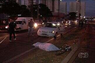 Ciclista de 12 anos é atropelado, em Goiânia - Um ciclista de 12 anos foi atropelado na Avenida Perimetral Norte, no Setor Cândida de Moraes. O acidente deixou o trânsito tumultuado.