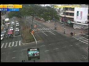 Trânsito flui na Avenida Cavalhada, em Porto Alegre, nesta quinta-feira - Veja como está o trânsito nas principais vias da capital gaúcha.