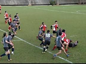 Taurus Rugby vence o Uberlândia e joga as quartas de final em casa - Uberlândia tentou avançar frente ao rival, tinha inclusive a vantagem do empate, mas dessa vez não deu certo. Taurus estava mais entrosado em campo e venceu em 27 a 22.