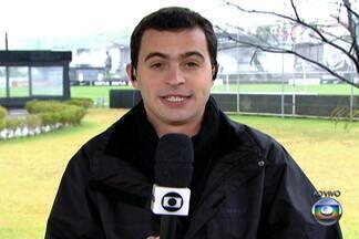 Corinthians terá cinco desfalques no duelo contra o Goiás, pelo Brasileirão - Alessandro, Paulo André, Paulinho, Danilo e Guerrero serão substituídos por Edenílson, Chicão, Guilherme, Douglas e Alexandre Pato, respectivamente.