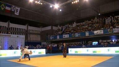 Cearenses vibram com Desafio Internacional de Judô - Fortaleza foi palco da final do Desafio Internacional de Judô, entre Brasil, França e Alemanha, na última segunda-feira, no ginásio Aécio de Borba
