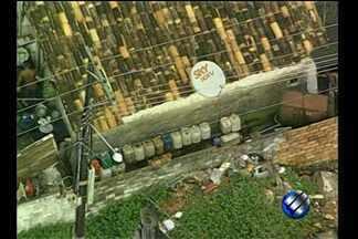 Trio é preso suspeito de integrar esquema de desvio de combustível - Desvio e venda clandestina de combustível foram flagrados em Ananindeua.Motoristas e dono de oficina foram detidos e autuados por crime ambiental.