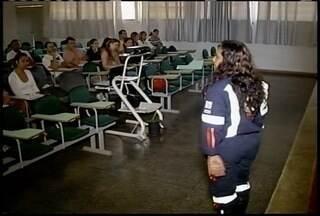 Profissionais de saúde que prestam atendimento no Samu participam de capacitação - A ideia é padronizar o atendimento em toda rede de Urgência e Emergência no Norte de Minas.