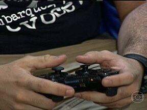 Brasil lidera crescimento do mercado de jogos eletrônicos em 2012 - Um estudo feito com fabricantes mostrou que as vendas de jogos e equipamentos atingiram R$ 1,6 bilhão no ano passado. Enquanto esse mercado encolheu na maioria dos países, no Brasil houve um crescimento de 60% na comparação com 2011.