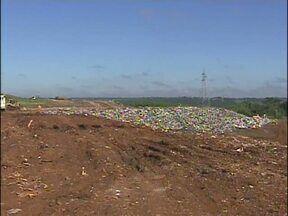 Nova empresa terá que ampliar aterro sanitário de Foz - Local recebe todo o lixo recolhido na cidade