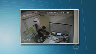Câmeras flagram ação de bandidos em duas agências dos Correios em PE - Bandidos invadiram unidades de Paudalho e Abreu e Lima.