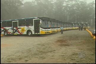 Prefeito de Mogi das Cruzes anuncia redução no preço da passagem de ônibus - Na próxima semana, novos veículos serão incorporados a frota das duas concessionárias.