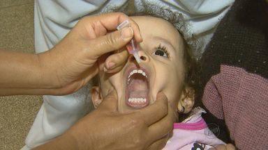 Campanha de vacinação contra paralisia infantil começa neste sábado - Pais devem levar a carteirinha para atualização das vacinas.