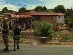 Homem é executado com quatro tiros por casal na zona Leste da capital - Homem é executado com quatro tiros na zona Leste da capital