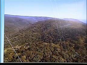 Câmeras de segurança vão ajudar na preservação da Serra do Japi - A Serra do Japi passou a ser vigiada por câmeras. O equipamento instalado em uma torre manda imagens direto a uma central de monitoramento. O controle também é feito com ajuda de aeronaves.