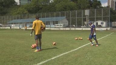 Nacional-AM treina antes de partida contra Plácido de Castro pela Série D - Jogo acontece no domingo (9), no estádio Roberto Simonsen, no Sesi, na Zona Leste de Manaus, pela segunda rodada do Grupo A1 do Campeonato Brasileiro da Série D.