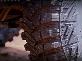 Pneus ganham tecnologias para acompanhar a evolução dos carros - Em benefício da segurança, novos componentes têm maior capacidade de frenagem, são mais resistentes a impactos no off-road e dão mais aderência na pista.