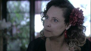 Márcia manda Valdirene confrontar Vanderlei - O médico deixa dinheiro no criado mudo do motel e vai embora sem avisar à periguete